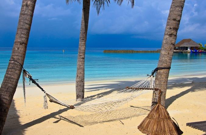 beach-1044369_1280